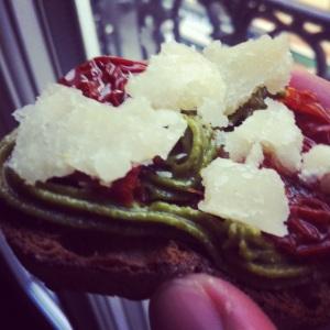 toast-pistache